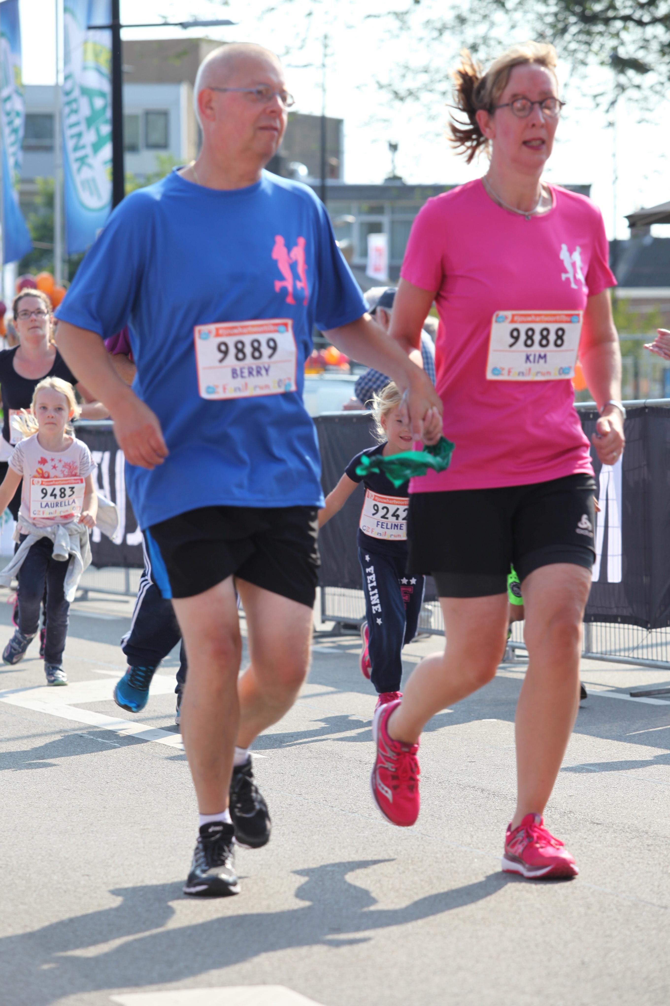 Kim en Berry op weg naar de finish