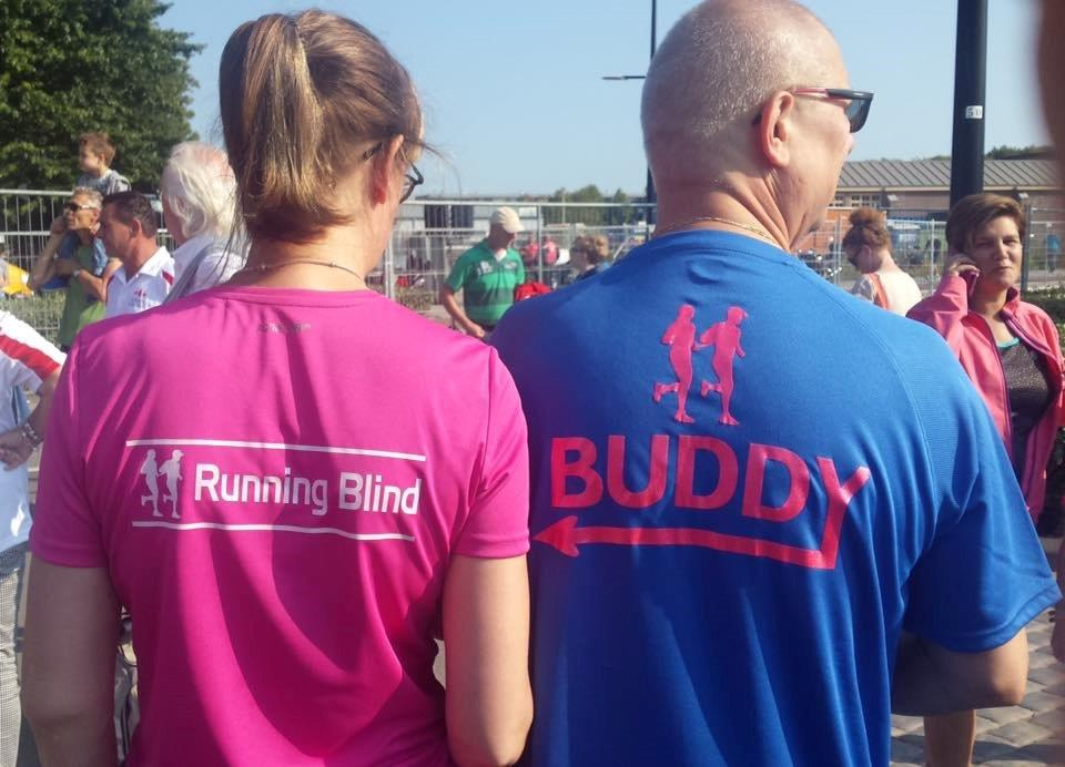 Running blind en buddy
