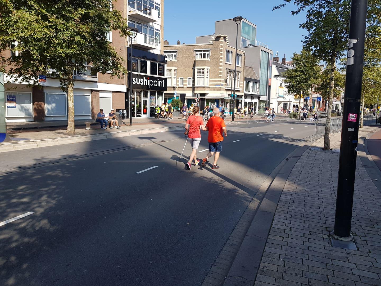 Aan het hardlopen in het stadscentrum